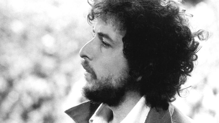 Blood On The Tracks: Dylan Looks Back