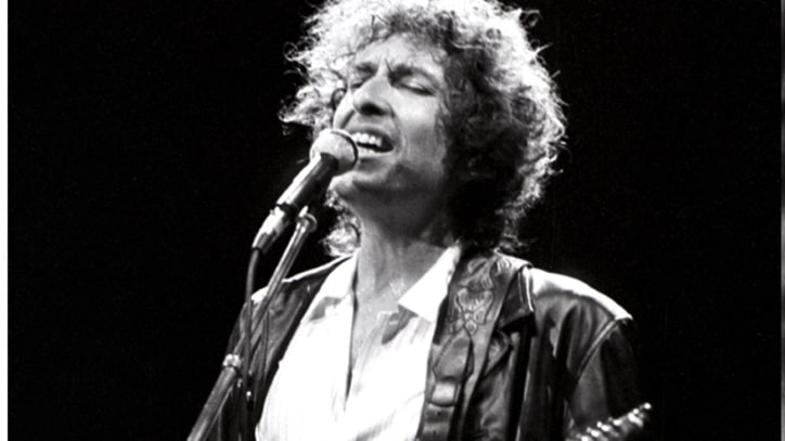 Bob Dylan's Rolling Thunder Revue Comes to the Buffalo Bills
