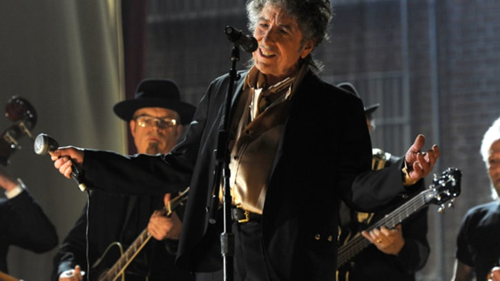 Dylan Plays His First-Ever Shows in China