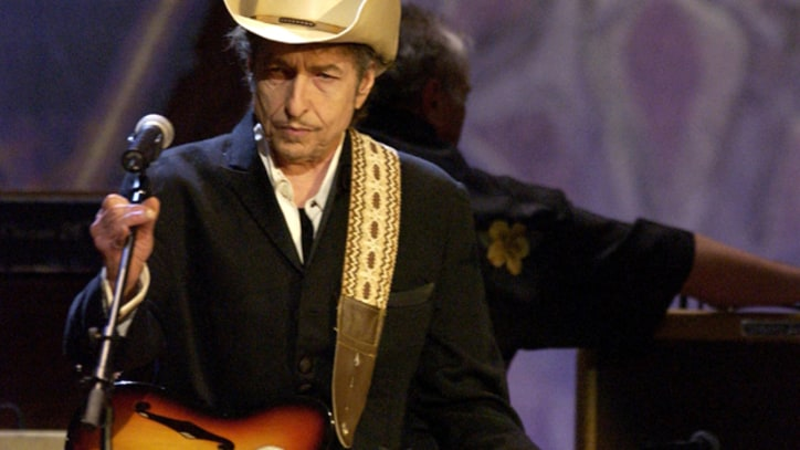 A Revitalized Bob Dylan Kicks Off His 'Modern Times' Arena Tour