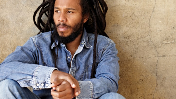 Ziggy Marley Nurses a Broken Heart on a 'Beach in Hawaii' (Live) - Premiere