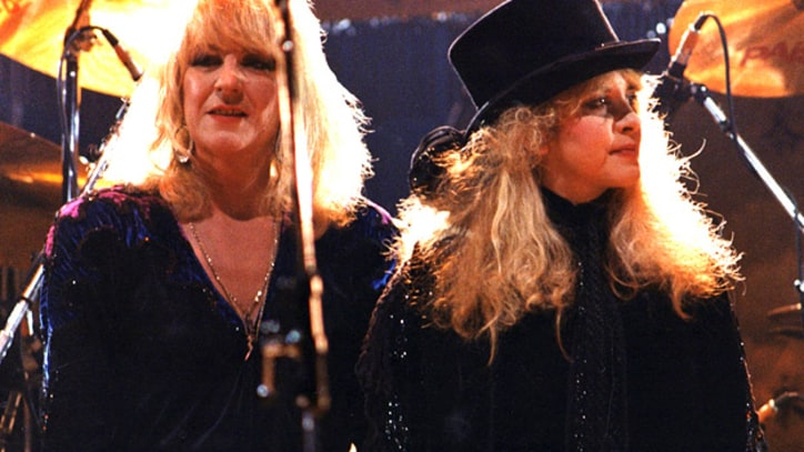 Fleetwood Mac Say Goodbye to Nicks and McVie at the Forum