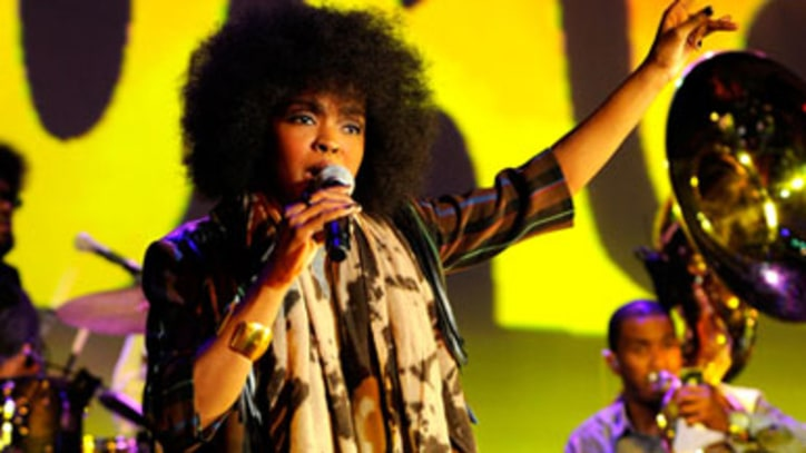 Daily Digest: Lauryn Hill Tour Dates; Velvet Revolver New Frontman