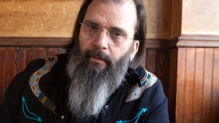 Steve Earle Heads for the Sticks on 'Calico County' – Song Premiere