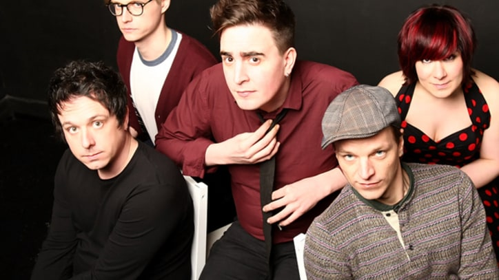 Exclusive Premiere: Art Brut Find Earthquakes Exhilarating in 'Arizona Bay'