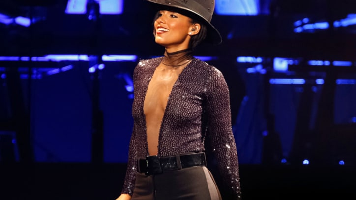 Alicia Keys Spreads Love, Brings Kendrick Lamar Onstage in L.A.