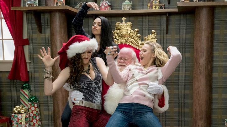Watch Mila Kunis, Kristen Bell in Raunchy 'A Bad Moms Christmas' Trailer