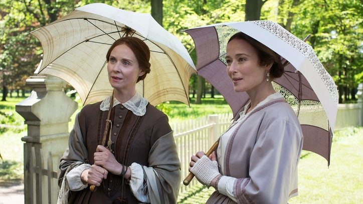 'A Quiet Passion' Review: Cynthia Nixon Shines as Emily Dickinson