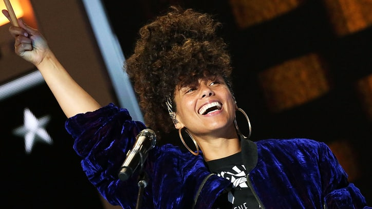 Watch Alicia Keys Celebrate NYC on New Chad Smith Music and Travel Show