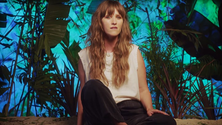 Hear Dirty Projectors' Amber Coffman Make Ethereal Solo Debut
