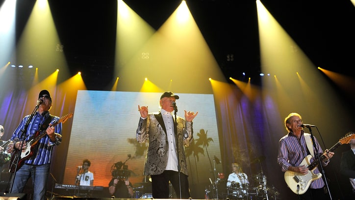 Flashback: Beach Boys Prematurely End Reunion Tour in London