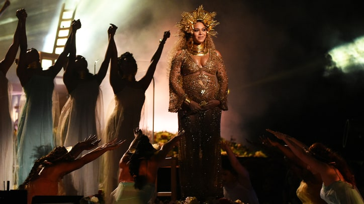 Watch Beyonce's Epic Grammy Medley Performance