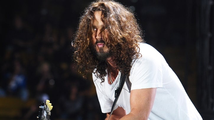 Flashback: Chris Cornell Plays Solo Acoustic 'Better Man'