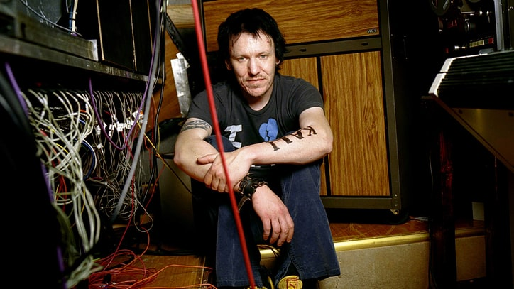 Hear Unreleased Elliott Smith Song From 'Either/Or' Reissue