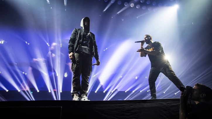 See Drake Bring Out 'Greatest Rapper' Eminem at Detroit Gig