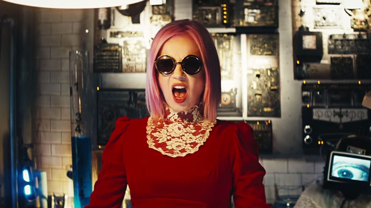 See Shirley Manson's Eerie Laboratory in Garbage's 'Magnetized' Video