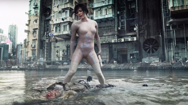 Watch Scarlett Johansson in Mysterious 'Ghost in the Shell' Trailer