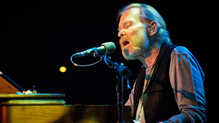 Gregg Allman Cancels Tour Due to 'Serious Health Issues'