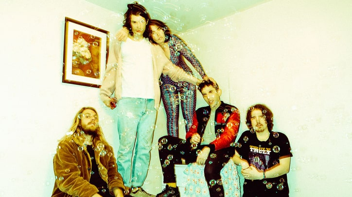 Review: Grouplove Still Ambitious, Mostly Innocuous on 'Big Mess'