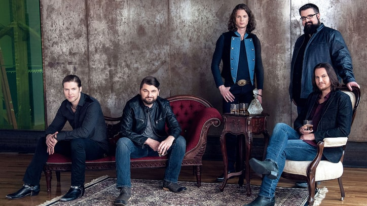 Watch Home Free's Wintry 'Colder Weather' Video