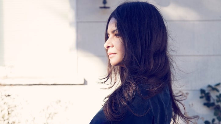Inside Hope Sandoval and the Warm Inventions' Mysterious Chemistry