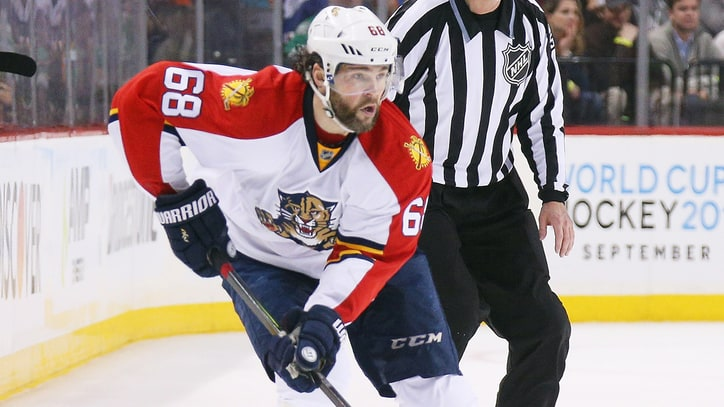 How Jaromir Jagr Continues to Defy Age and Chase NHL Records