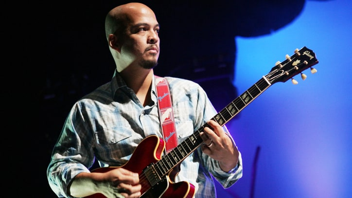 Pixies Guitarist Joey Santiago Enters Rehab