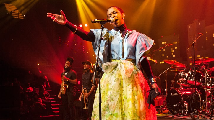 Watch Lauryn Hill Perform Soulful 'Doo Wop' on 'Austin City Limits'