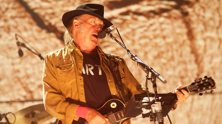 Neil Young Discusses His New Album, Trump, Future of Pono
