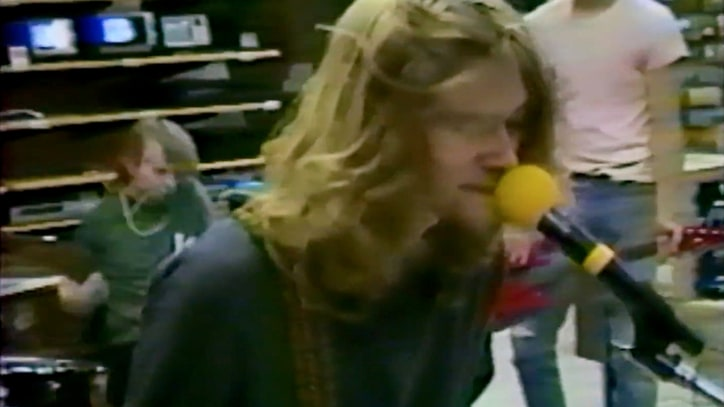 Flashback: Nirvana Film Music Video in Empty Radio Shack