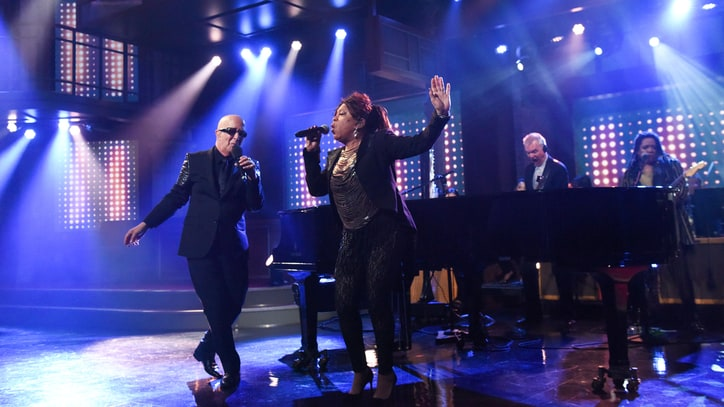 Watch Paul Shaffer's Uproarious Return to 'Late Night'