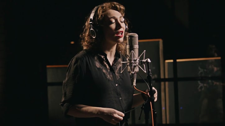 Watch Regina Spektor Croon Beatles' 'While My Guitar Gently Weeps'