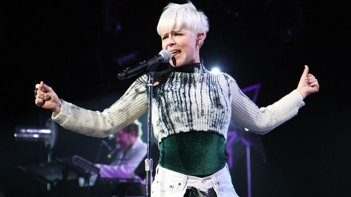 Hear Robyn's Slick New Song 'Honey' From 'Girls' Final Season