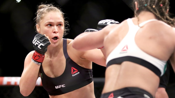 Ronda Rousey Offered UFC 207 Title Fight?
