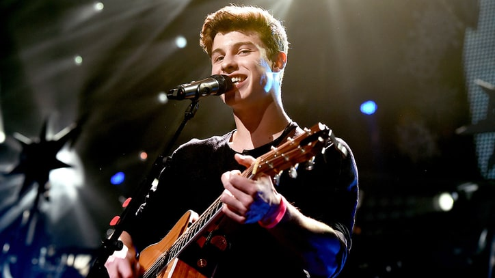 On the Charts: Shawn Mendes' 'Illuminate' Nabs Number One