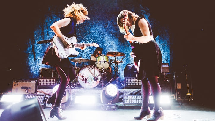 Review: Sleater-Kinney Are Raw, Explosive on 'Live in Paris'
