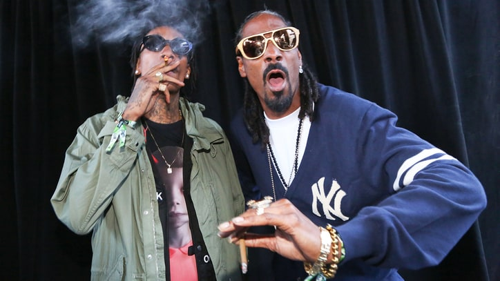 Snoop Dogg, Wiz Khalifa Sued Over Concert Railing Collapse