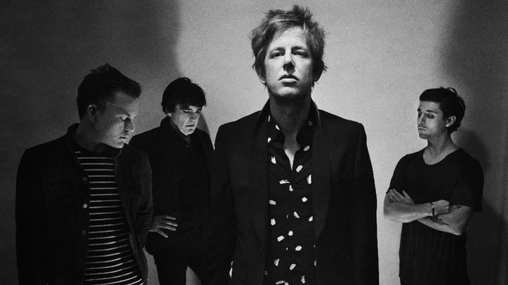 Hear Spoon's Edgy New Dance-Rock Song 'Hot Thoughts'
