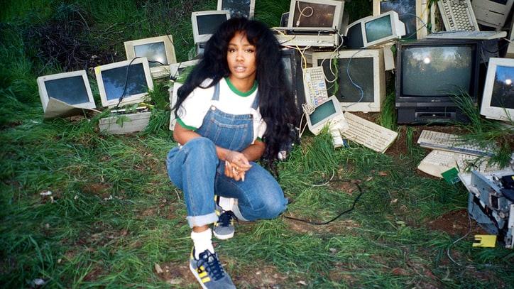 SZA: How the Breakout R&B Star Conquered Self-Doubt and Took 'Ctrl'