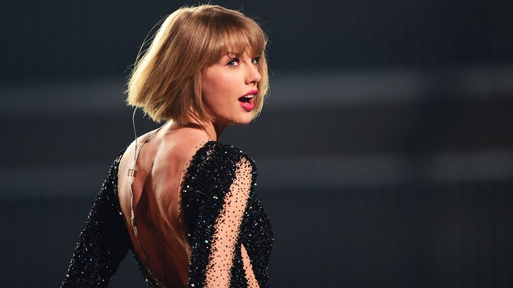 Taylor Swift to Headline Pre-Super Bowl Concert