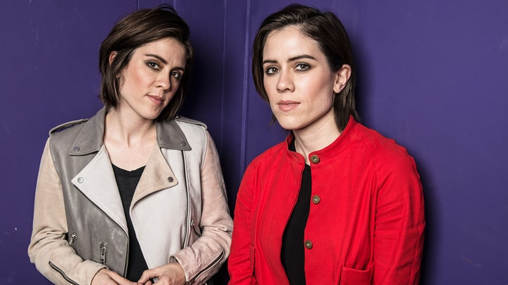 Hear Tegan and Sara's Bittersweet New Relationship Song 'Fade Out'