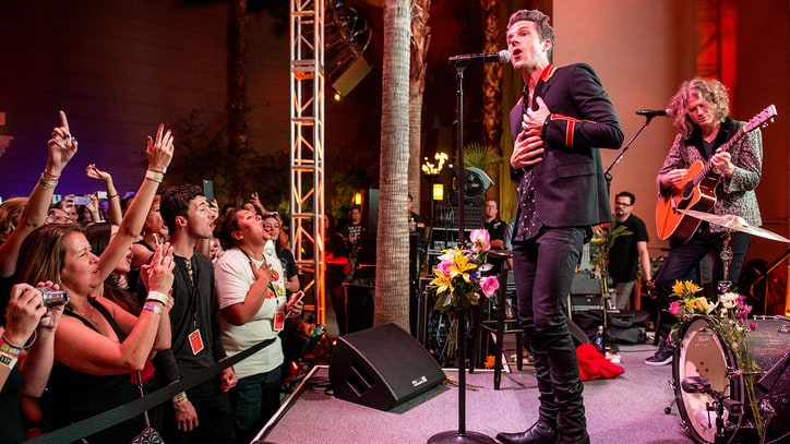 The Killers Celebrate 10 Years of 'Sam's Town' With Wild Casino Getaway