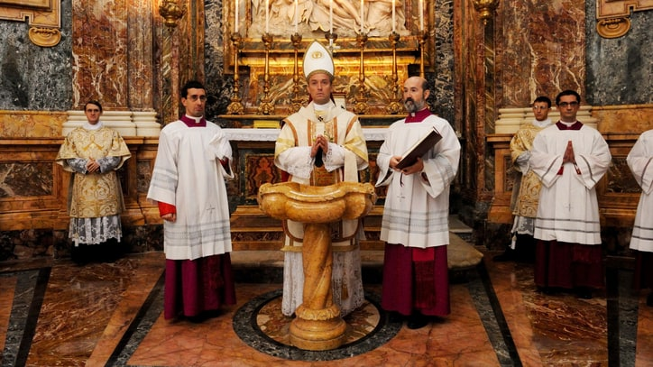 'The Young Pope' Recap: Menage a Trinity