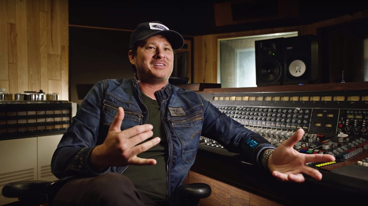 Watch Tom DeLonge Discuss True Meaning of Punk in New Documentary Clip