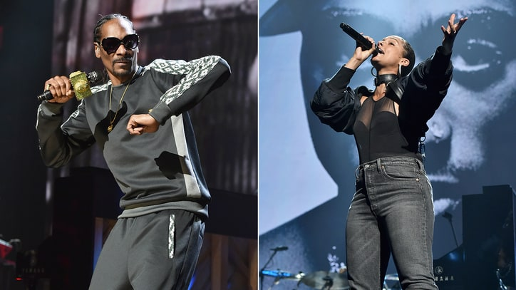 Watch Snoop Dogg, Alicia Keys Honor Tupac With Riveting Medley at Rock Hall