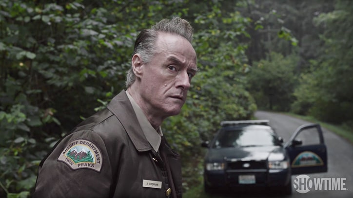 See 'Twin Peaks' Classic Characters 25 Years Later in New Teaser