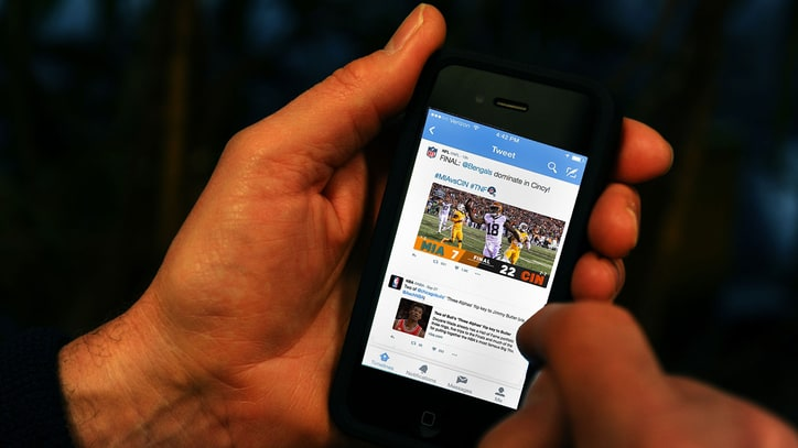 Is Twitter Really the Future of Sports Watching?