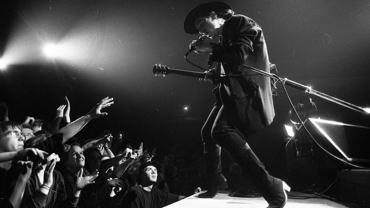 Flashback: U2 Play 'Exit' on the 1989 Lovetown Tour