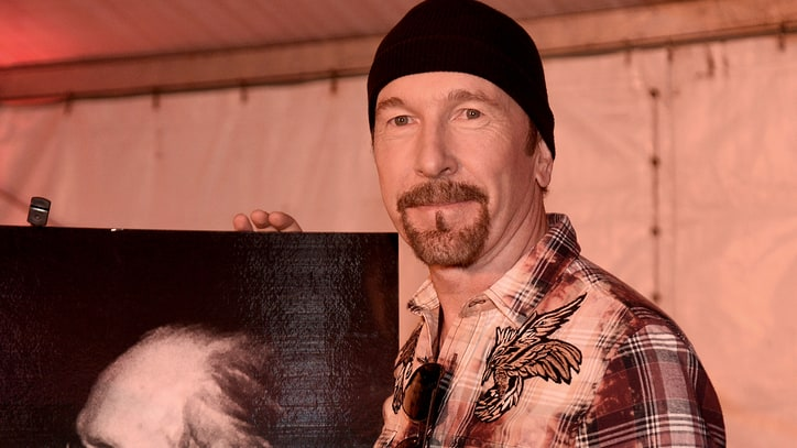 Watch U2's The Edge Receive Les Paul Spirit Award at Bonnaroo