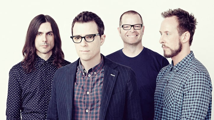 Hear Weezer's Rousing New Song 'Feels Like Summer'